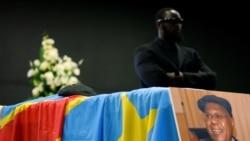 Mgr Gerard Mulumba joint par Eddy Isango