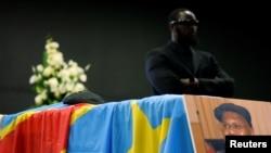 Le cercueil d'Etienne Tshisekedi lors d'une cérémonie à Bruxelles, en Belgique, le 5 février 2017.