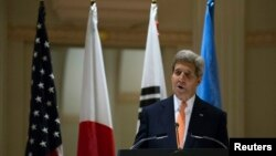 美国国务卿克里2014年9月23日在一次关于朝鲜人权的活动中讲话,他在这一天也就维吾尔族学者伊力哈木被判处无期徒刑发表声明。
