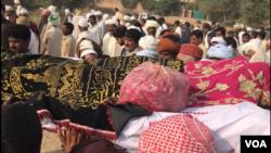 چین میں خودکشی کرنے والے طالب علم اسامہ خان کی نماز جنازہ بہاولپور میں ادا کی گئی۔ 20 نومبر 2018