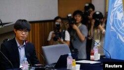 20일 정치범수용소 출신 탈북자 신동혁 씨가 서울 연세대학교 새천년홀에서 열린 유엔 북한인권 조사위원회(COI) 공개 청문회에서 참석했다.