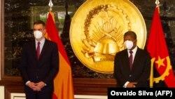 Primeiro-ministro espanhol, Pedro Sánchez (esq) e Presidente angolano, João Lourenço na Cidade Alta, Luanda. 8 de Abril