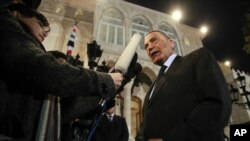 Jordanian Prime Minister Marouf al-Bakhit speaks to the media after the swearing-in ceremony at Raghadan Palace in Amman, February 9, 2011