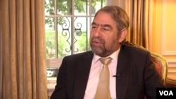 美国之音专访塞浦路斯驻美国大使潘泰利代斯