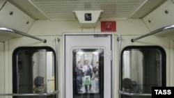 Система распознавания лиц в вагоне московского метро