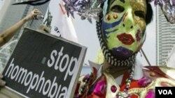 Komunitas LGBT masih sering menerima sentimen negatif dan diskriminasi akibat orientasi seksual mereka (foto: ilustrasi).
