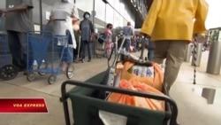 Quỹ từ thiện New York: Số người xin thực phẩm năm nay tăng gấp ba lần