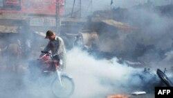 Pakistanda bomba partlayışları zamanı 53 adam həlak olub