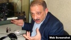 """Zerkalo"""" qəzetinin xüsusi müxbiri Rauf Mirqədirov"""