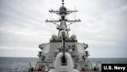 美國海軍貝瑞號導彈驅逐艦USS Barry (美國海軍照片)