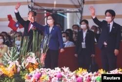 台灣總統蔡英文在台北出席雙十國慶慶祝儀式。(2021年10月10日)