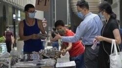 週五《蘋果日報》增印5倍港人排隊購報以示支持