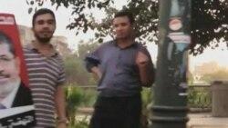 مصر در برابر انتخاب ميان سکولارهای نزديک به نظاميان و اخوان المسلمين