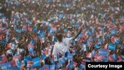Paul Kagame wa FPR yiyamamariza mu karere ka Ruhango mu ntara y'Amajyepfo y'u Rwanda