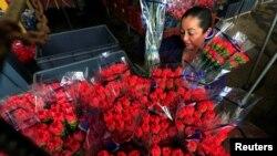 Букети квітів у Колумбії до Дня Валентина