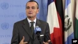 安理會現任主席、法國大使阿諾德