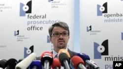 Công tố viên liên bang Bỉ Frederic Van Leeuw nói về vụ bắt giữ nghi can nổ súng tại bảo tàng viện Do Thái, ngày 1/6/2014.
