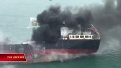 Tàu Việt bị cháy ở Hong Kong, ít nhất 1 người chết