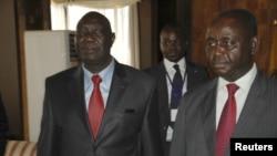 Michel Am-Nondokro Djotodia (à g.), leader du Séléka