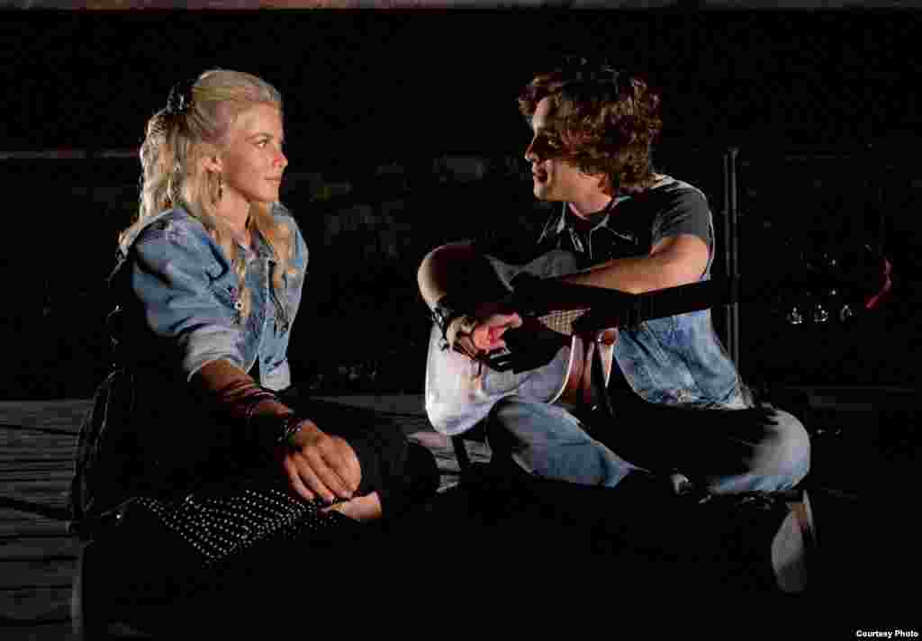 "(L-r) JULIANNE HOUGH as Sherrie Christian and DIEGO BONETA as Drew Boley in New Line Cinema's rock musical ""ROCK OF AGES,"" a Warner Bros. Pictures release. (Photo: Warner Bros. / David James)"