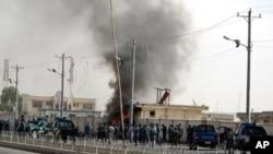 ລະເບີດລົດແຕກຂຶ້ນໃນເມືອງ Lashkar Gah ແຂວງ Helmand ຂອງອັຟການີສຖານ ວັນທີ 31 ກໍລະກົດ 2011
