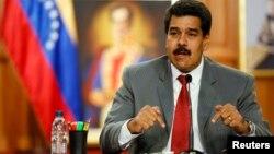 El presidente Maduro amenazó con detener también al alcalde del municipio capitalino de Chacao, Ramón Muchacho.