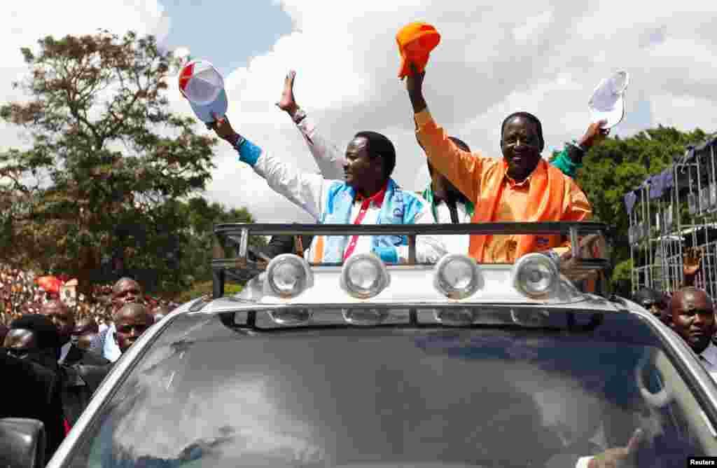 Kenya Raila Kalonzo