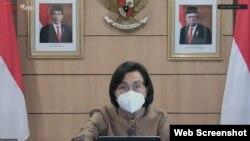 Menkeu Sri Mulyani dalam telekonferensi pers di Jakarta, Senin (5/7) mengungkapkan Ekonomi akan tumbuh positif, Jika PPKM Darurat Efektif kendalikan pandemi (Foto:VOA)