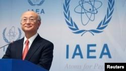 Kepala IAEA, Yukiya Amano memberikan keterangan kepada media setelah pertemuan IAEA di Wina, Austria (foto: dok).