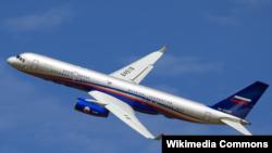 Российский самолет радиоэлектронной разведки Ту-214ОН