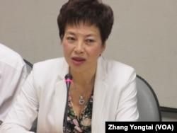 越南台湾商会联合总会会长刘美德 (美国之音张永泰拍摄)