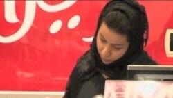 Peran Perempuan di Daerah Konflik (Bagian 2) - Warung VOA April 2012