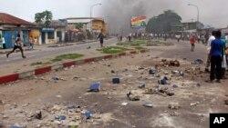 Emeutes à Kinshasa en RDC, 19 janvier 2015. (AP Photo/John Bompengo)