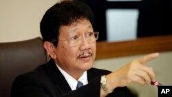Tổng thư ký Hội đồng An ninh Quốc gia Thái Lan Anusit Kunakorn phát biểu trước báo giới tại Bangkok hôm 20/7/2015.