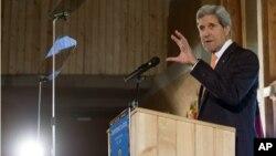 El secretario del Departamento de Estado, John Kerry, se encuentra de gira en África.