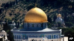 نصب دروازهای امنیتی سبب شده بود که خشونت ها میان فلسطینی ها و اسرائیلیان در چند روز اخیر اوج گیرد.