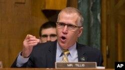 탐 틸리스 공화당 상원의원.