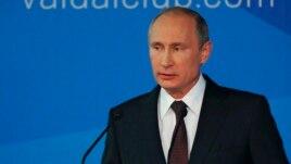 Presidenti rus Putin rikthen retorikën e Luftës së Ftohtë