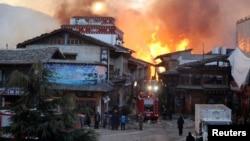 中國雲南迪慶藏族自治州香格里拉縣獨克宗火災現場