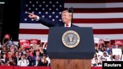 Predsednik SAD Donald Tramp tokom mitinga u Panama Siti Biču, Florida, 8. maja 2019.