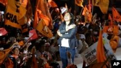 La candidata presidencial peruana Keiko Fujimori cerró su campaña con un acto en Villa el Salvador, en Lima, Perú, el jueves, 2 de junio de 2016.