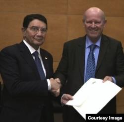 Alain St. Ange with outgoing UNWTO secretary general Taleb Rifai.