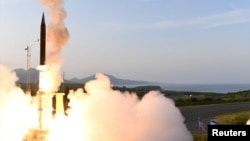 Запуск ракеты американо-израильского комплекса противоракетной обороны на Аляске, США. 28 апреля 2019 г.