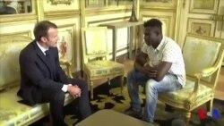"""Le Malien qui a sauvé un enfant va être """"naturalisé français"""" (vidéo)"""