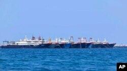 Hơn 200 tàu Trung Quốc tập trung ở khu vực Đá Ba Đầu, thuộc quần đảo Trường Sa, vào ngày 21/3/2021.