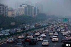 Trung Quốc là nước thải khí thải gây hiệu ứng nhà kính nhiều nhất thế giới, và lượng ô nhiễm mà họ thải ra cao gần gấp đôi con số của nước Mỹ.