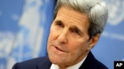 Luego de sus declaraciones a la prensa, el secretario de Estado John Kerry, envió llamados similares a los legisladores en su cuenta de Twitter, acompañados de la etiqueta #ConfirmOurAmbassadors.