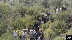 ژمارهیهک سوری له ترسی ههڕهشهکانی حکومهتی وڵاتهکهیان خۆیان دهکهن به تورکیادا