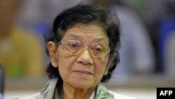 Bà Ieng Thirith là em dâu của Pol Pot, từng giữ chức Bộ trưởng Xã hội