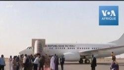Arrivée du président malien Bah Ndaw pour les obsèques d'Idriss Déby